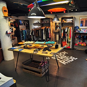 Meet the Maker - Surfdome