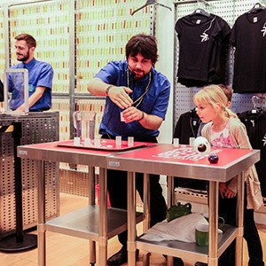 Behind the Store: Designing Science Museum Pop Up