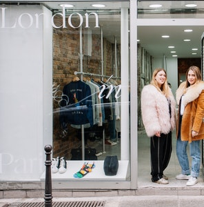 London in Paris : pop-up vs. showroom